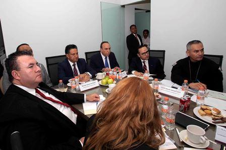 Instalan Tlaxcala y Puebla mesas de trabajo para atender temas en común