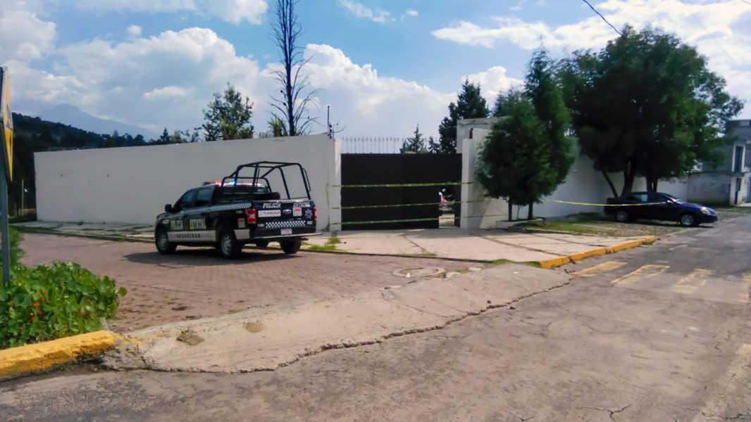 Aseguran en Apizaco un inmueble con vehículos robados