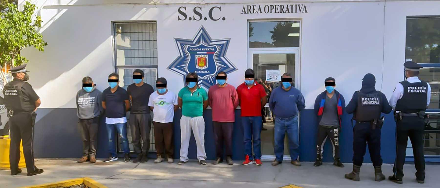 Policía de tlaltelulco y SSC detienen a nueve personas y recuperan un tractocamión