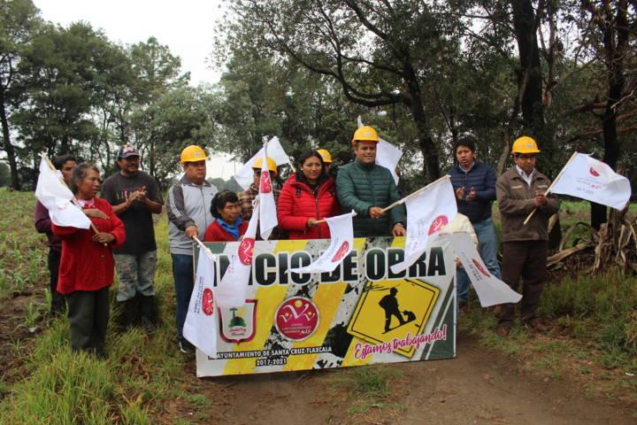 Sanabria Chávez acerca electrificación a los lugares más apartados