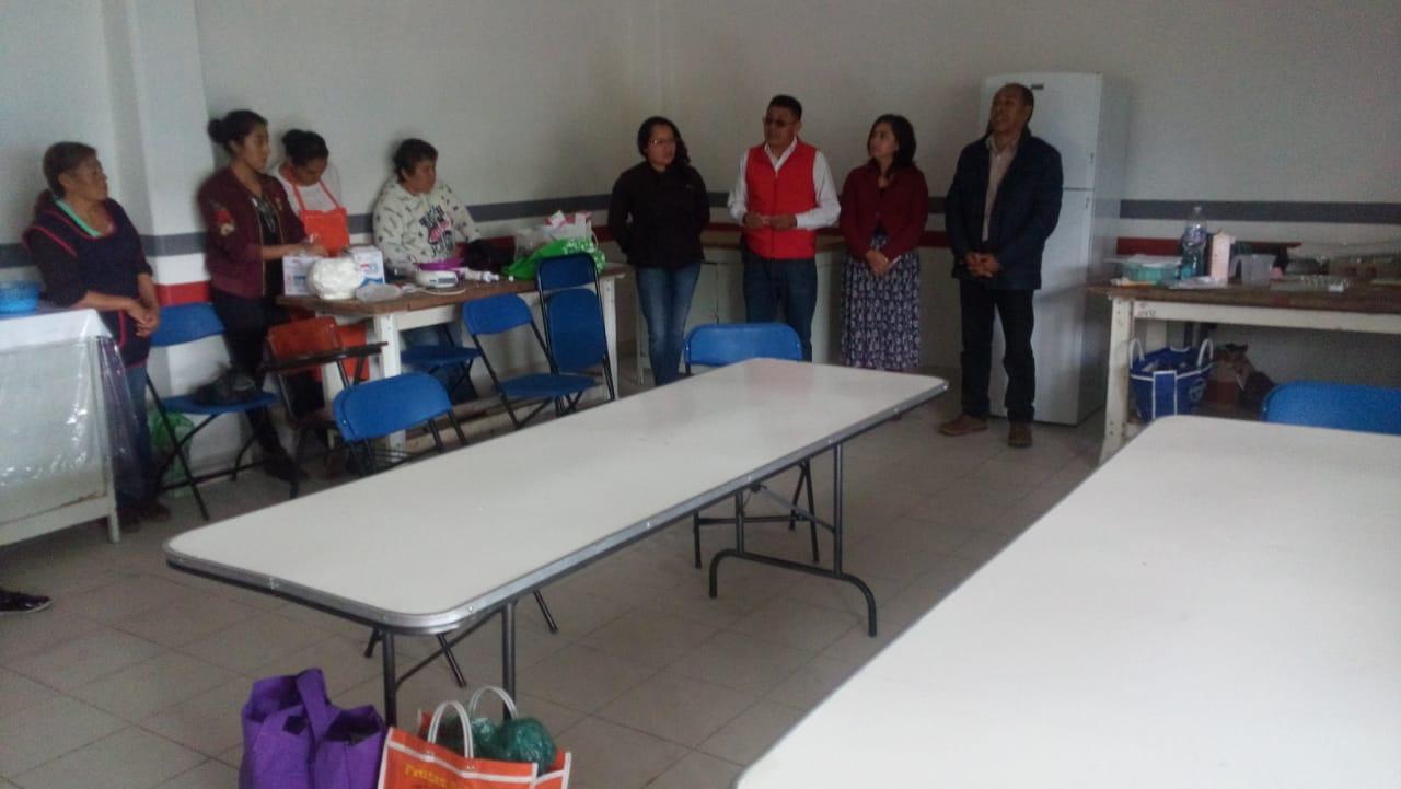 Alcalde impulsa la tradición panadera con un curso de panadería y repostería
