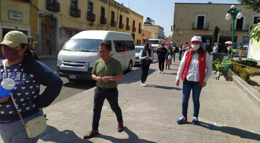 Continúa Gobierno y DIF de Huamantla con entrega de insumos por COVID-19