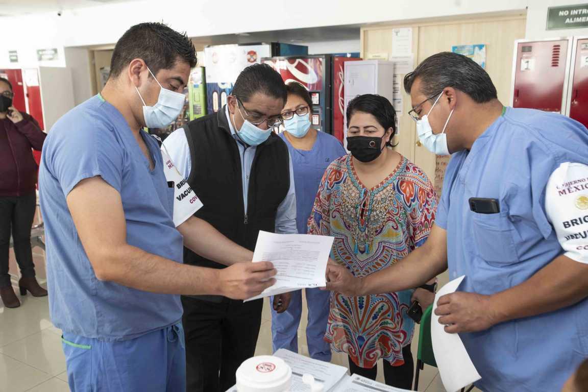 Supervisa SESA aplicación de vacuna contra Covid-19 a personal de salud de hospitales