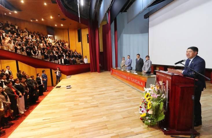 Conmemora la UATx el Día de la Enfermera con ciclo de conferencias