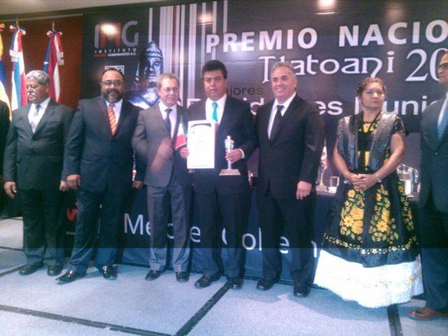 Recibe alcalde de Totolac reconocimiento nacional por su gestión como gobernante