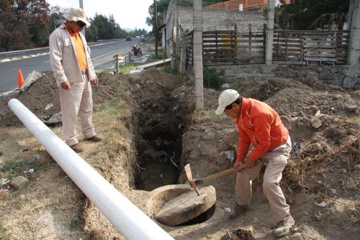Solucionan en Totolac drenaje colapsado en Ocotelulco