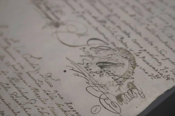 """Dedican vitrina a """"Devoción, Fe Y Milagros Para Los Tlaxcaltecas En El Virreinato"""""""