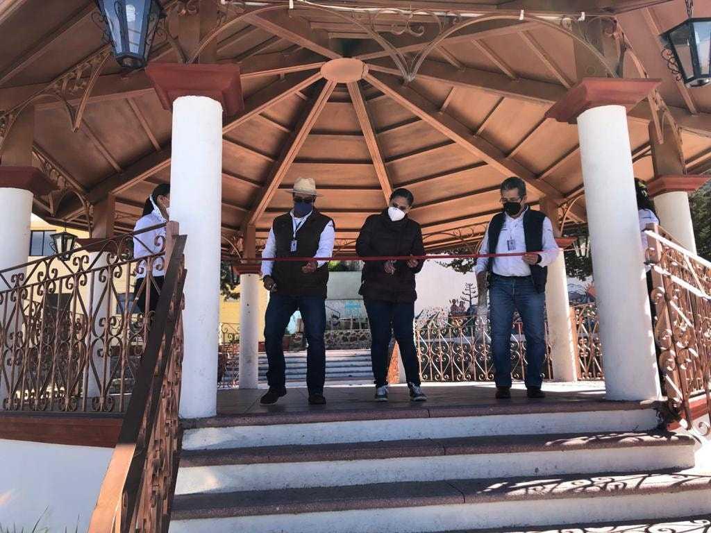Inauguran obra en El Rosario, población del municipio de Tlaxco