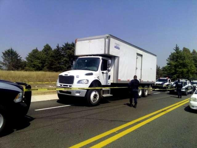 Frustra Policía Estatal robo de camión