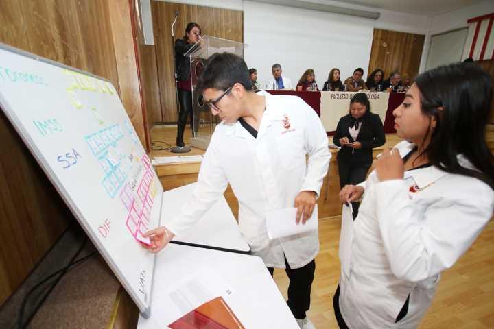Recibe Facultad de Odontología de la UATx opinión técnica favorable por su calidad