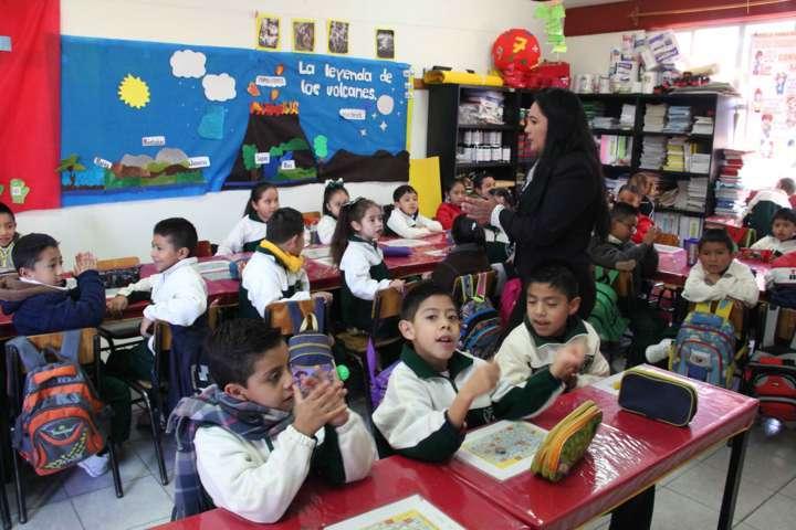Una buena educación nos dará buenos ciudadanos: Docentes