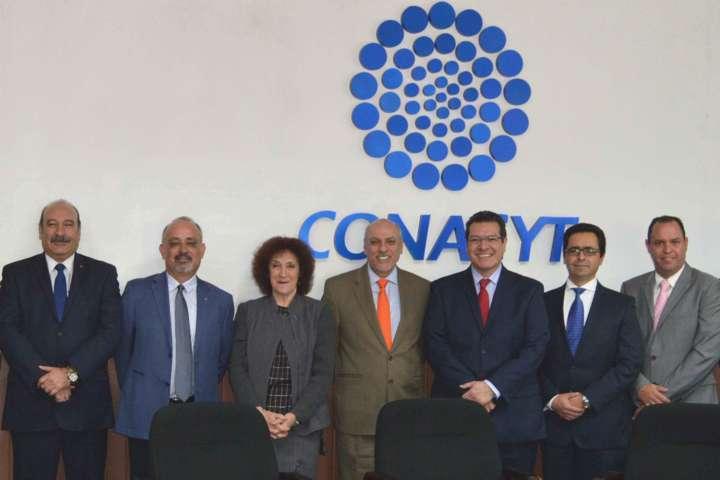 Marco Mena y Conacyt desarrollan agenda estatal de innovación
