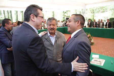 Sostienen diálogo abierto gobernador y alcaldes de Tlaxcala