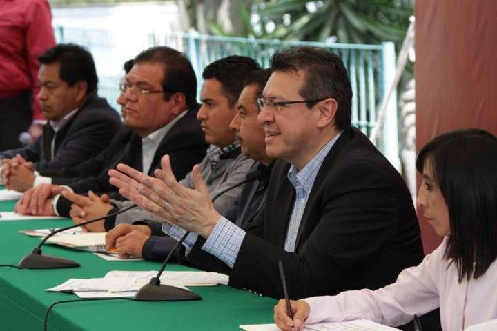 Gastar mejor y ser más eficientes: Marco Mena a presidentes municipales