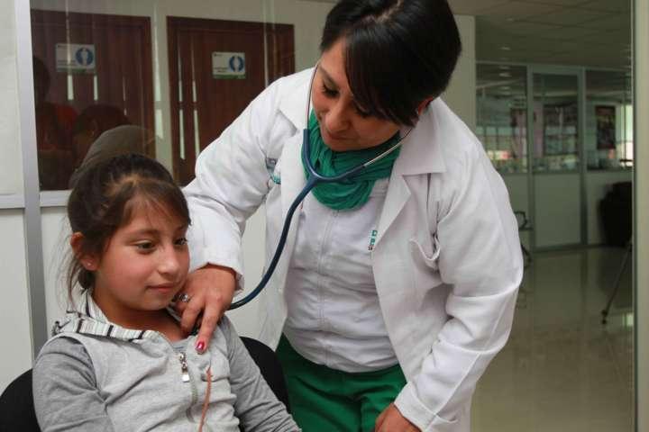 Brinda DIF Estatal atención médica a tlaxcaltecas de escasos recursos