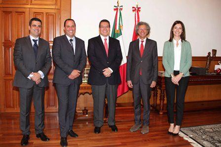 Promueve Marco Mena a Tlaxcala ante embajador de Italia