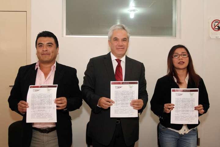 Gestiona Secte descuento en transporte a universitarios del Tecnológico de Apizaco
