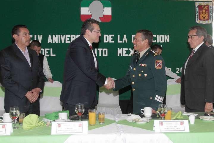 Asiste Marco Mena al CIV Aniversario de la Creación del Ejército Mexicano