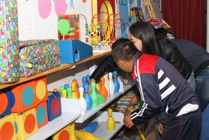 Ofrece Gobierno del Estado educación incluyente en bibliotecas públicas