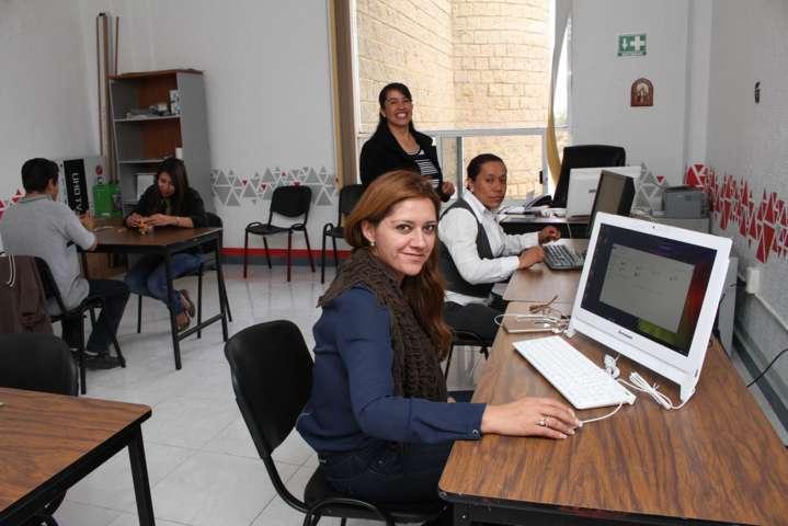 Atiende Gobierno del Estado a jóvenes tlaxcaltecas a través de Centros de Desarrollo