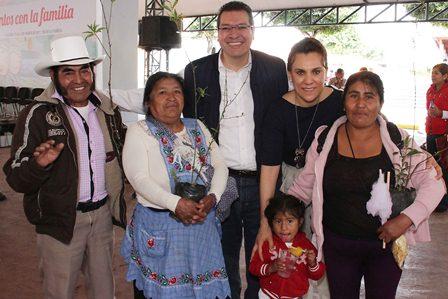 La familia construye la sociedad que queremos: Sandra Chávez
