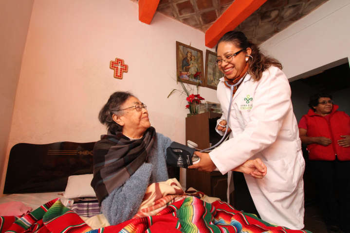 Acerca SESA Atención Médica a población vulnerable