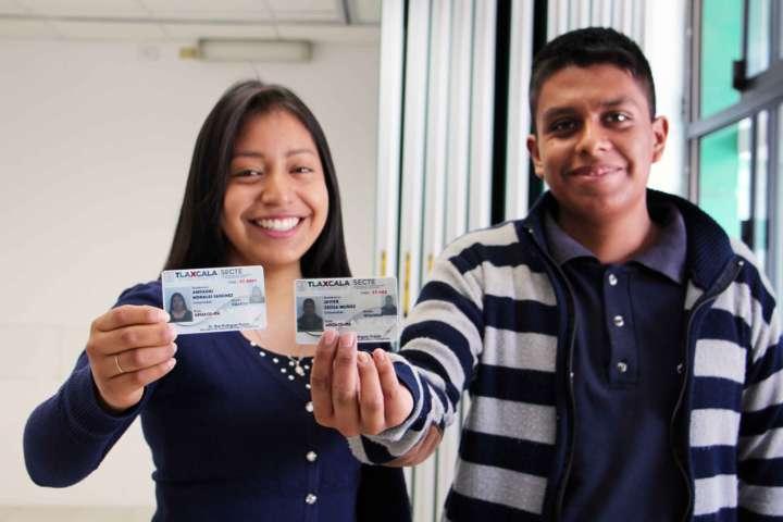 Entrega Secte 500 credenciales de descuento a alumnos del ITA