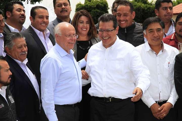 Instalan Marco Mena y José Narro Red de Municipios Saludables