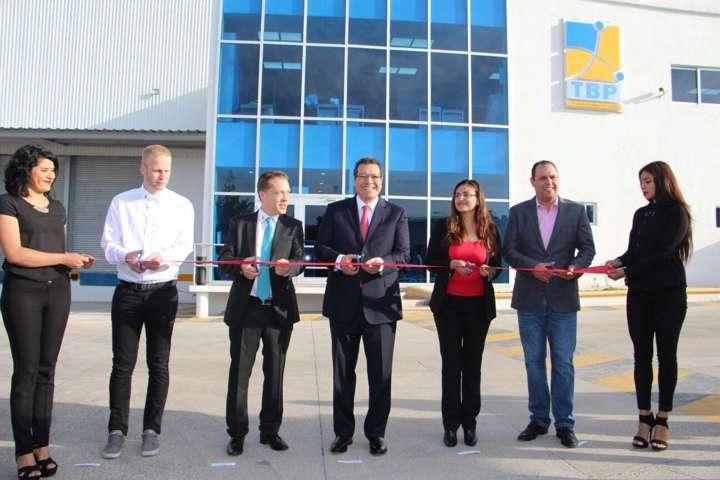 Crece sector automotriz, abre empresa eslovena en Tlaxcala: Marco Mena