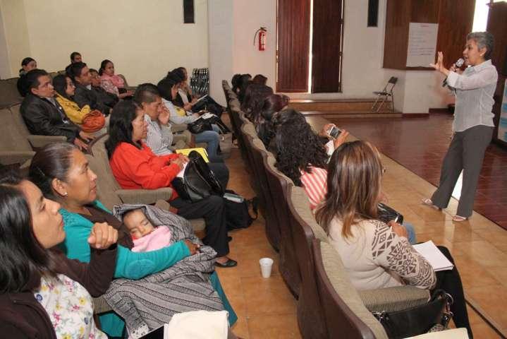 Realiza el IEM taller de sensibilización sobre género y derechos humanos