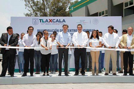 Inaugura Mena y Nuño Centro de Idiomas del ITA