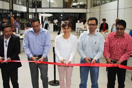Inaugura Sanda Chávez exposición artesanal del Sepuede