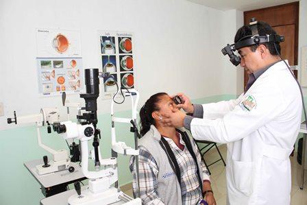 Brinda atención gratuita las jornadas médicas de salud