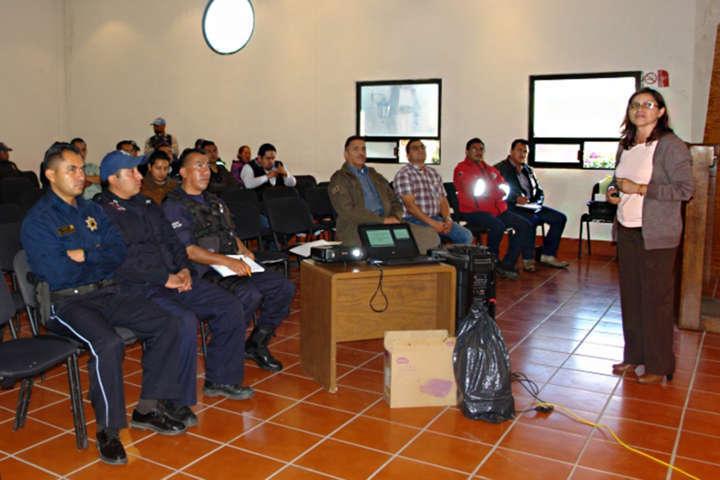 Capacita SESA a municipios sobre el programa