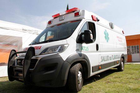Atienden en hospitales de Sesa a lesionados de accidente