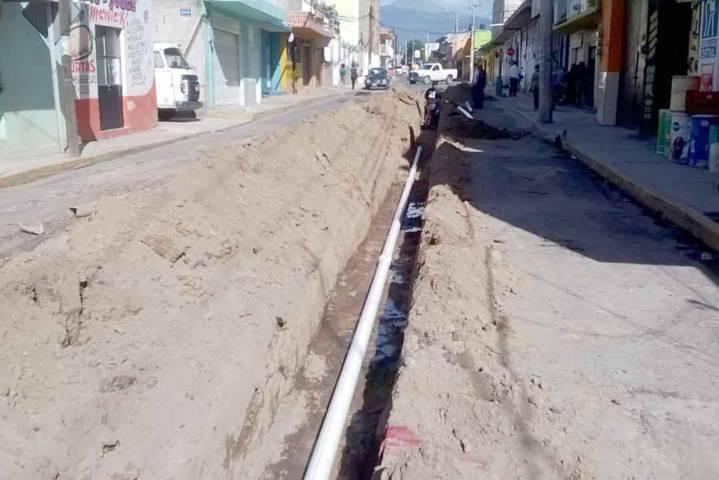 Mejora Secoduvi sistema de agua potable en Santa Cruz Guadalupe