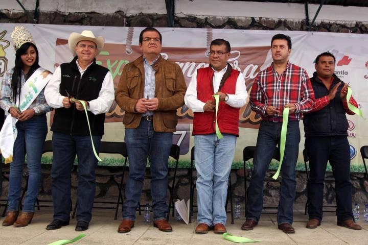 Inauguran Expo Ganadera Huamantla 2017