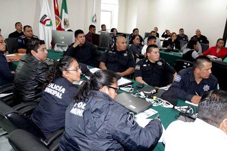 Capacitan a elementos de la CES en informe policial homologado