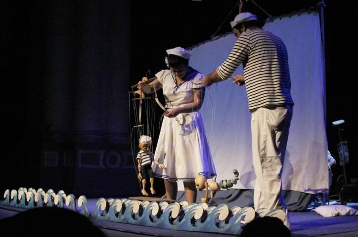 Inauguran el 32 Festival Internacional de Títeres Rosete Aranda