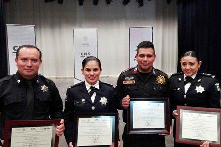 Ganan policía de Tlaxcala tercer lugar en concurso nacional de oratoria
