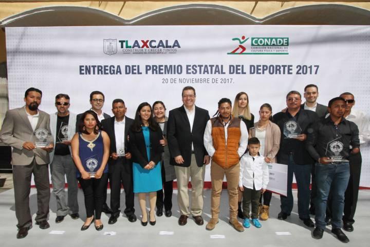 Que Tlaxcala destaque en beneficio de sus familias: Marco Mena