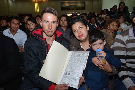 Gobierno ayuda a que contraigan nupcias 386 parejas tlaxcaltecas