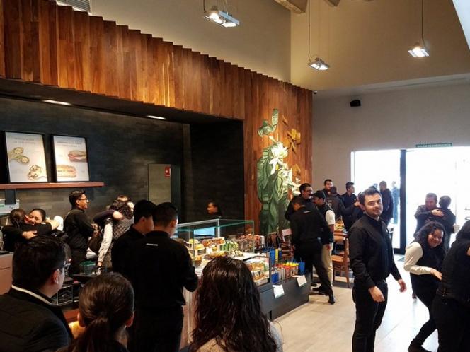 ¡De manteles largos! Abren el primer Starbucks en Tlaxcala