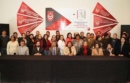 La UAT instruye a docentes en temas de competencia educativa