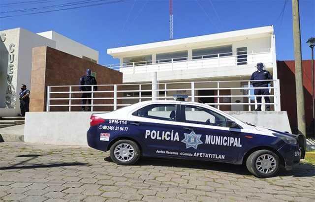 Casa de la cultura en Apetatitlán la vuelven refugio de policías