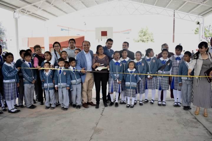 Arranca en Zacatelco, histórica Entrega de Techumbres
