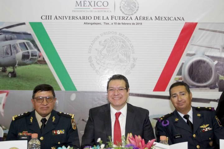 Encabeza Marco Mena CIII Aniversario de la Fuerza Aérea Mexicana
