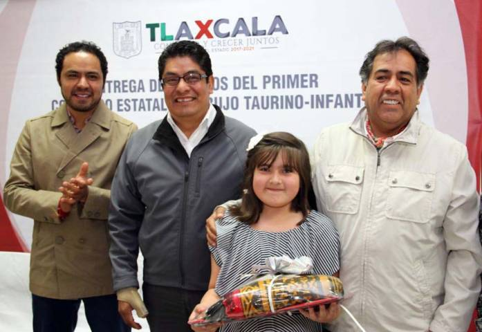 Premian a ganadores del Primer Concurso Estatal de Dibujo Taurino-Infantil