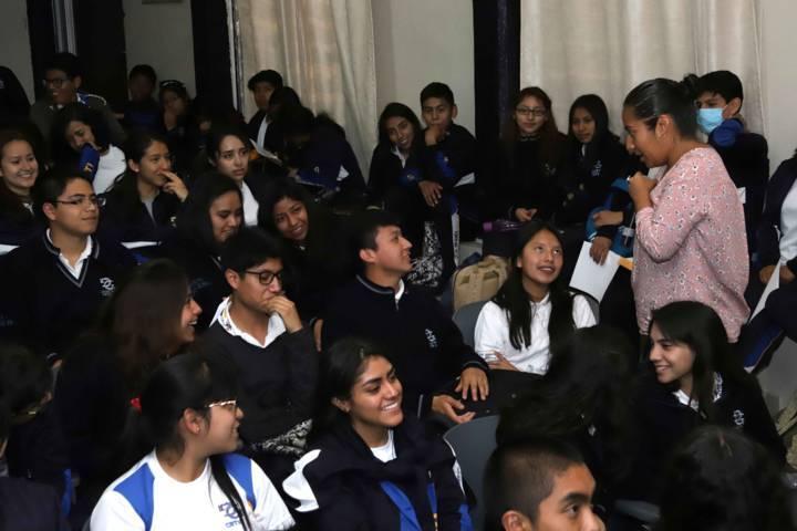 Sensibiliza PGJE a estudiantes sobre prevención de riesgos