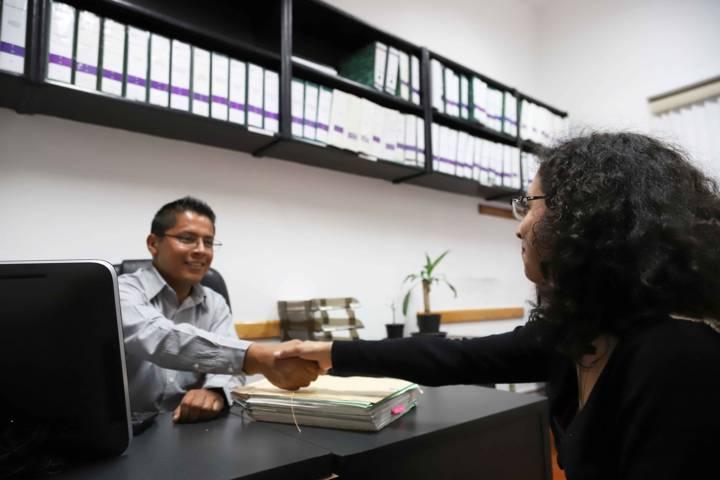 Cumplen servidores públicos con declaración anual: Contraloría